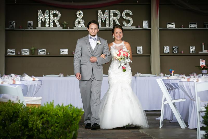 Winding Path Gardens | Seattle Wedding Photography
