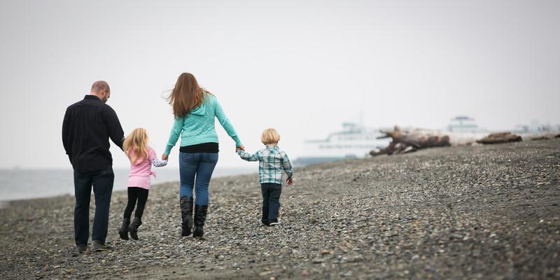 Edmonds Beach Family Portrait Photographer | Snohomish