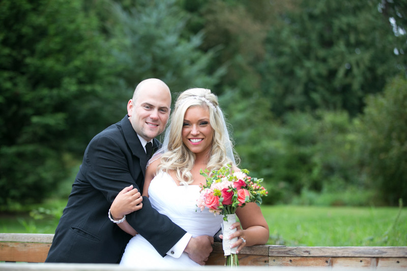 Wedding Photos at Tazer Valley Farm in Stanwood | Seattle