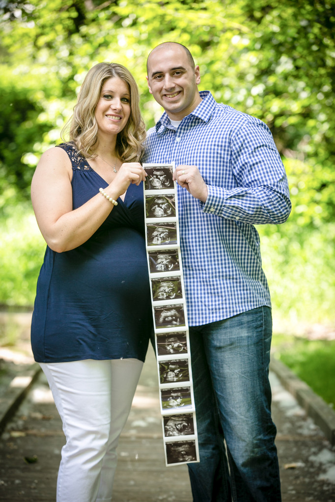 Seattle Maternity and Pregnancy Photography Photographer | Bothell Newborn