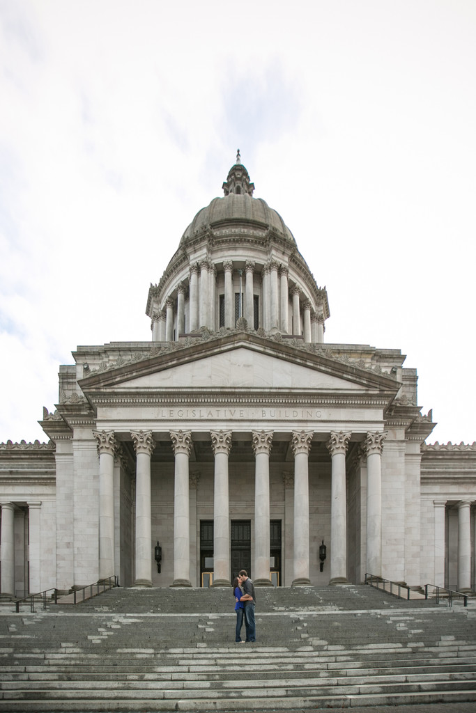 Olympia Capitol Building Engagement Photographs
