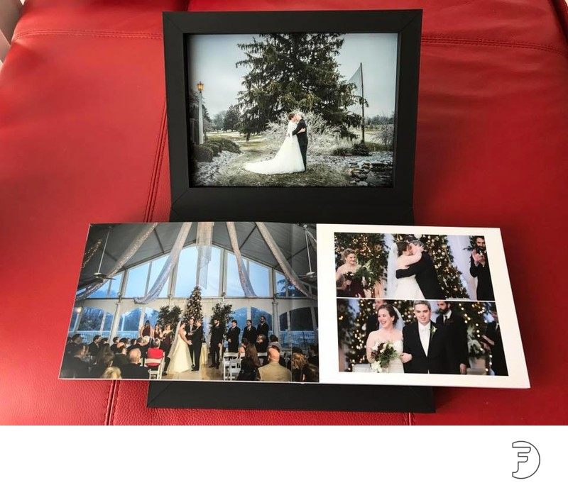 Custom designed wedding albums made in Italy on black touch