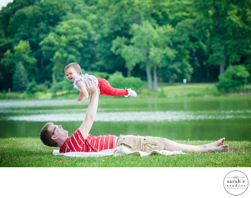 Lake Portrait Photographer of Families