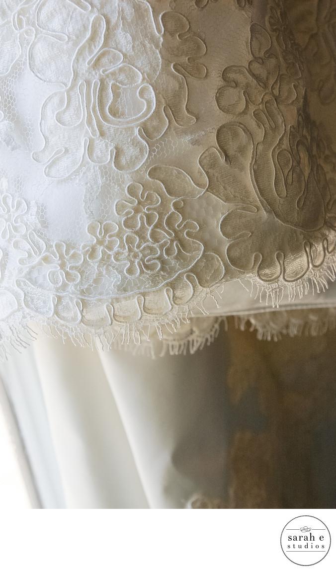 Lace Vera Wang Bridal Gown