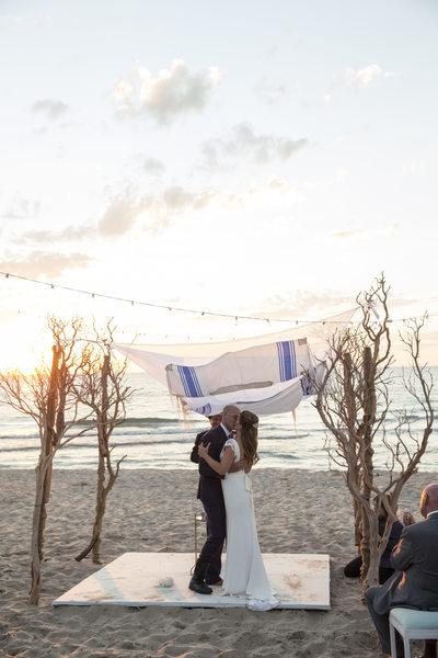 Brook Jay & Heath Kopp South Haven Michigan Wedding