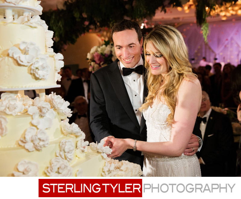 crystal ballroom wedding photography cake cutting