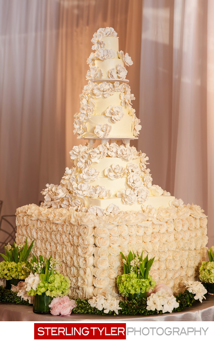 crystal ballroom wedding cake photograph