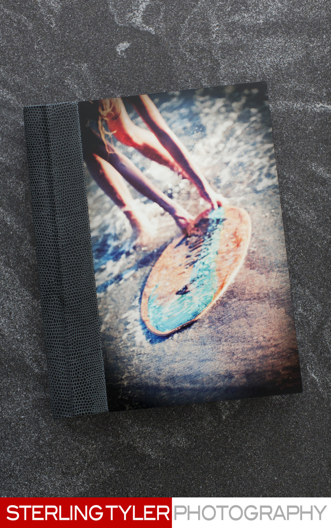 signature series bat mitzvah album with artistic image plate cover