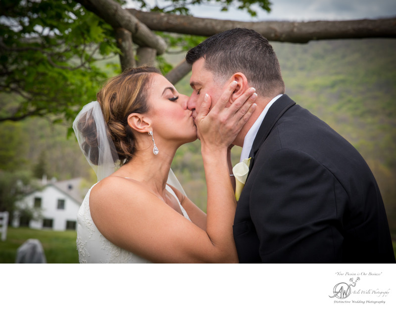 Stone Tavern Farm wedding photography - first kiss