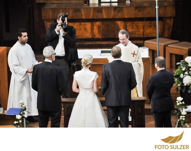 Hochzeitsfotograf Roland Sulzer bei kirchlicher Trauung