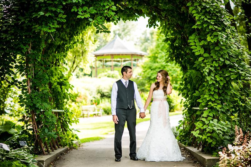 Green Bay Botanical Garden Wedding Photographer