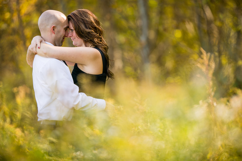 Milwaukee Engagement Photograph in Fall
