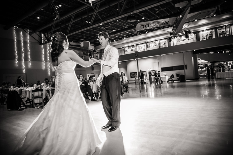 Wedding Photography EAA Museum Oshkosh