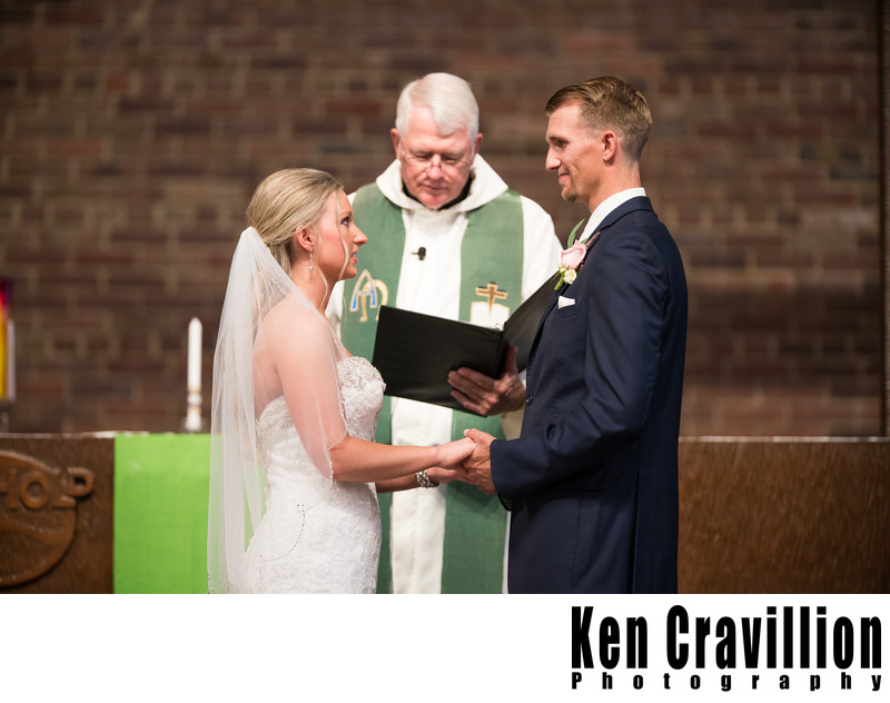 Green Bay Wedding Photos at Gather on Broadway 060