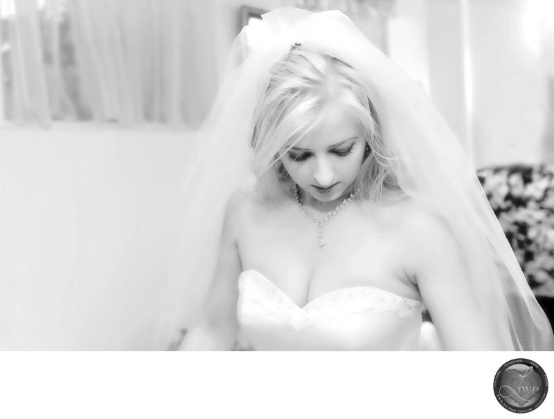 Beautiful Bride Wedding Photographer Black and White
