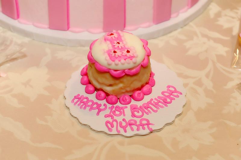Atlanta Event Photographer Baby Girl Birthday Cake