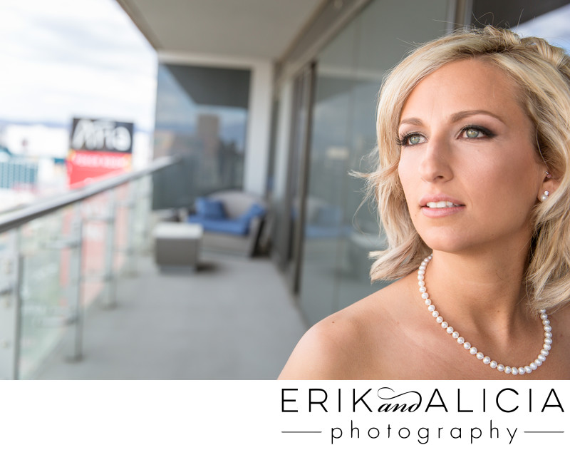classic pearl necklace for wedding day