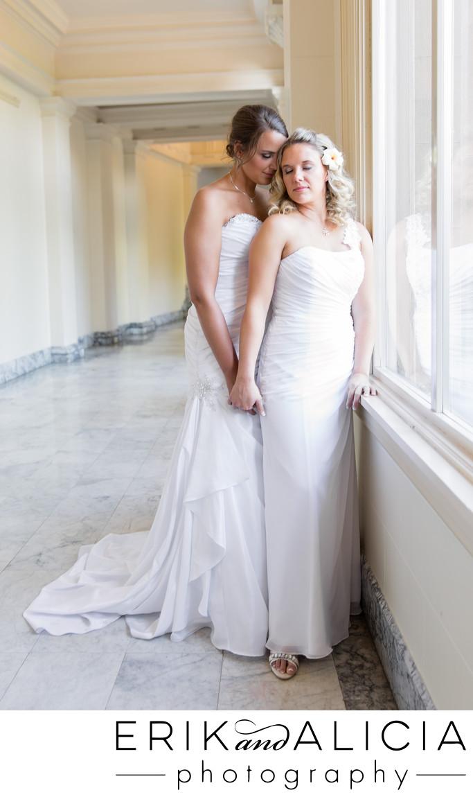 riverside-place-marble-hallway-brides