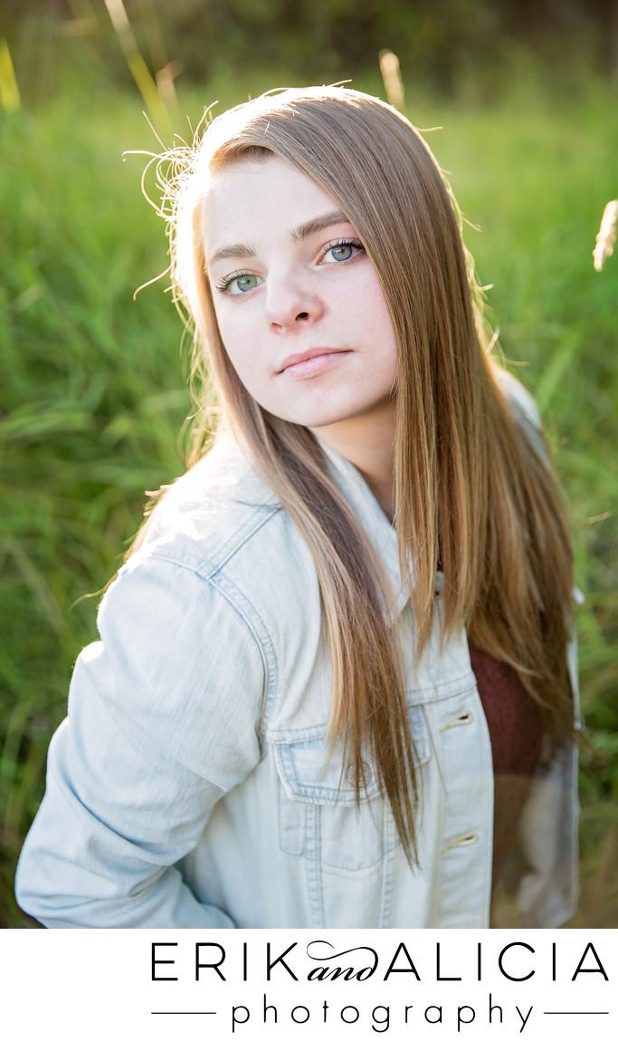 natural light beautiful senior girl photography