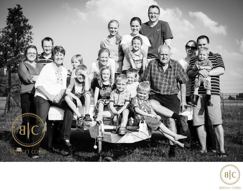 Extended Family Shoot on Farm