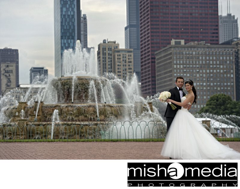 Best Buckingham Fountain outdoor wedding location