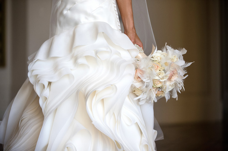 Lovely Bridal Details and Decor at City Hall in Pasadena, CA