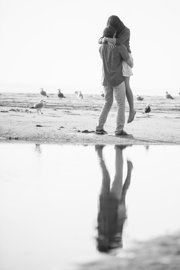 Passionate Malibu Engagement Session Photos
