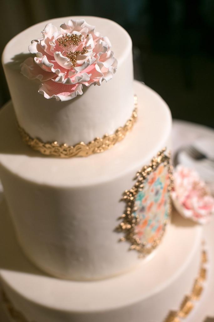Wedding Cake Details and Decor