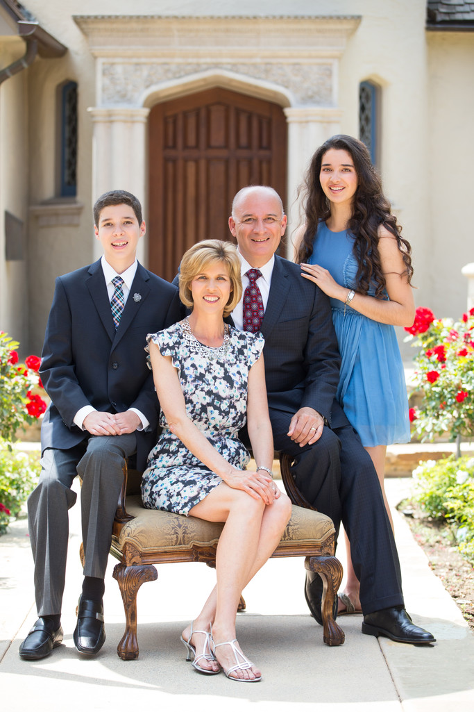 Formal Family Portrait in Pasadena, CA