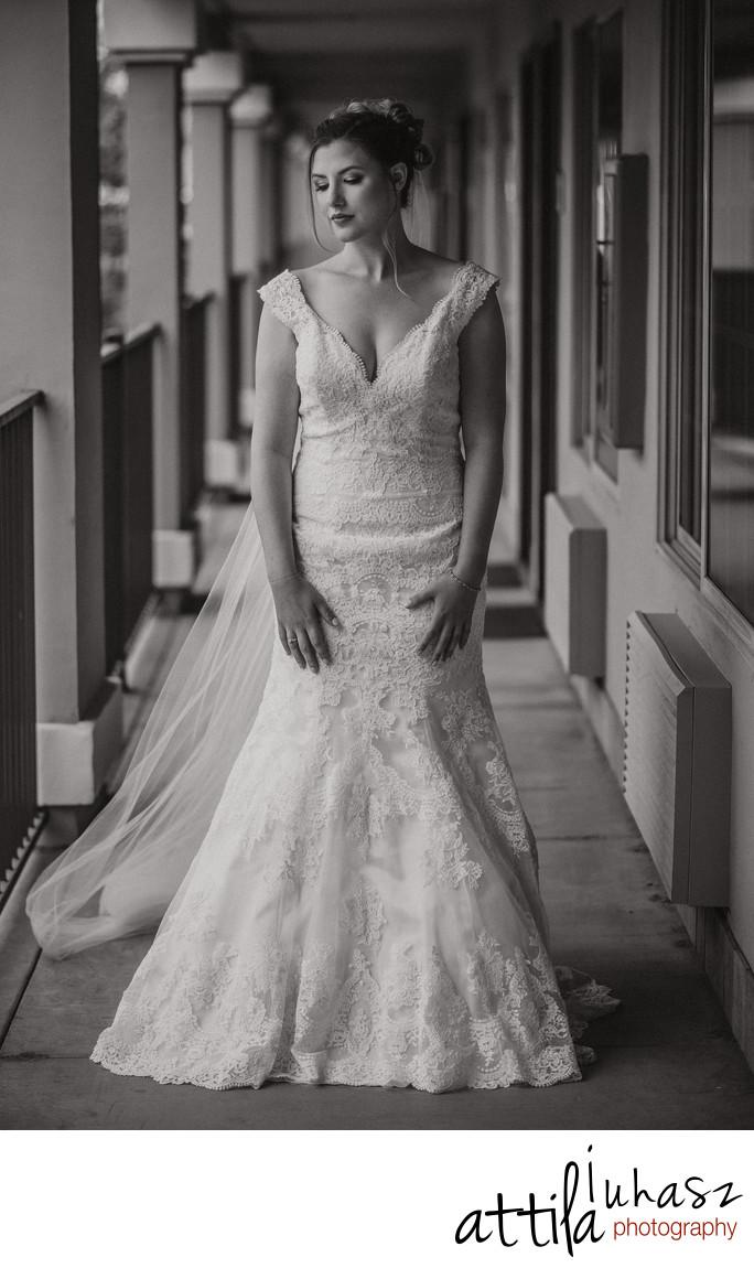 b&w Bride portrait