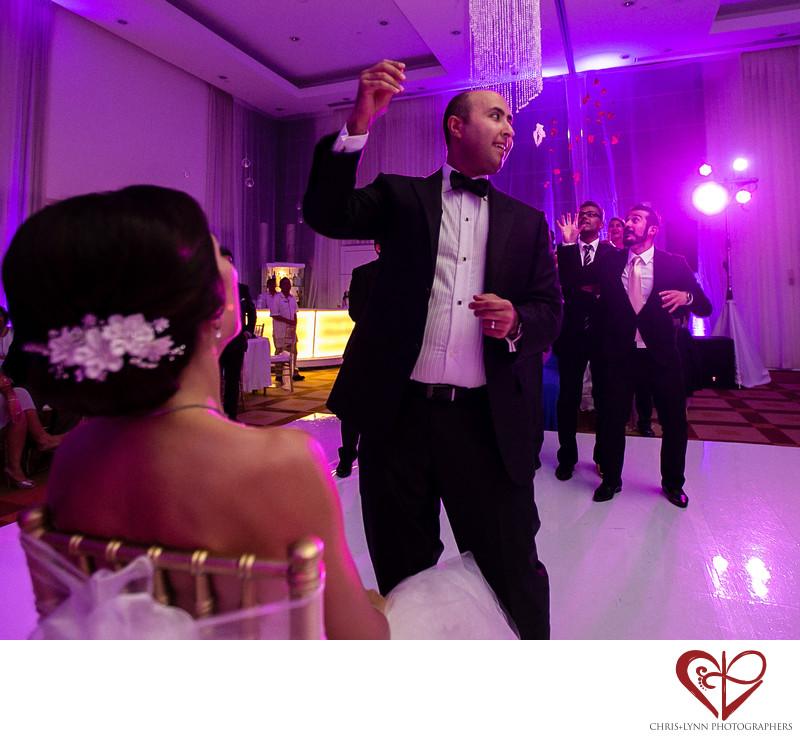 Groom Throws Garter at Cancun Wedding Reception