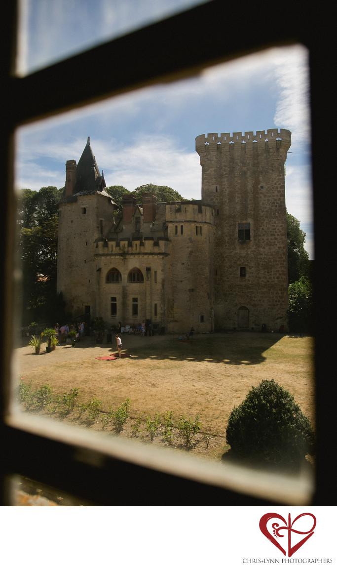 Chateau de Saint Loup Wedding Photos 7