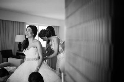 Persian bride gets ready at Le Blanc Spa Resort