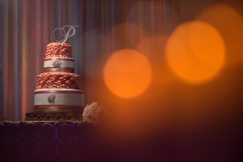 15 Of The Prettiest Wedding Cakes Weddings Ilrated
