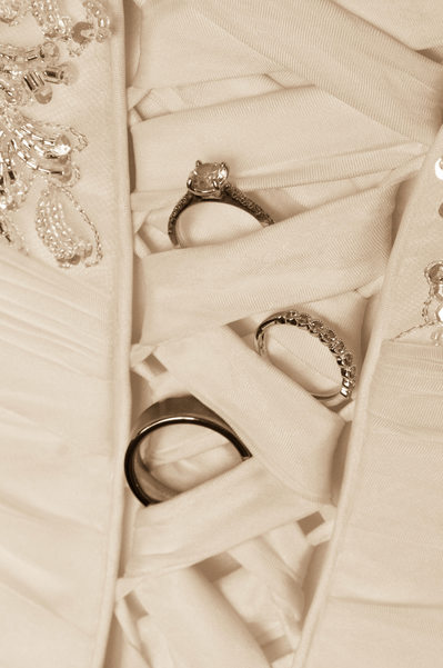 back dress rings