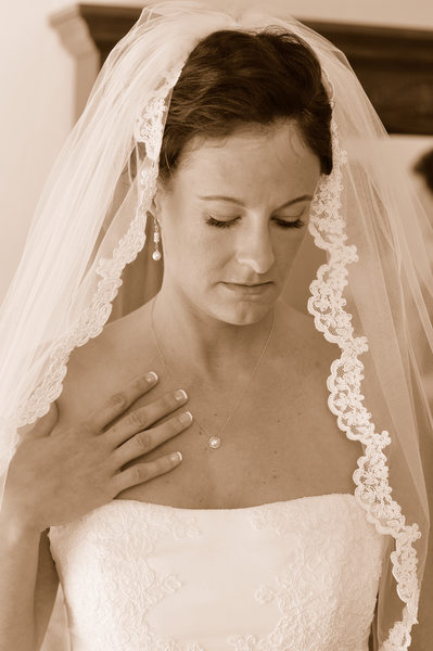 sepia tone bridal photo