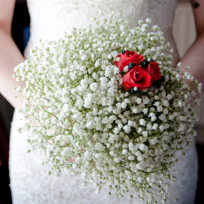 Beautiful wedding flowers photographed at Hadley park