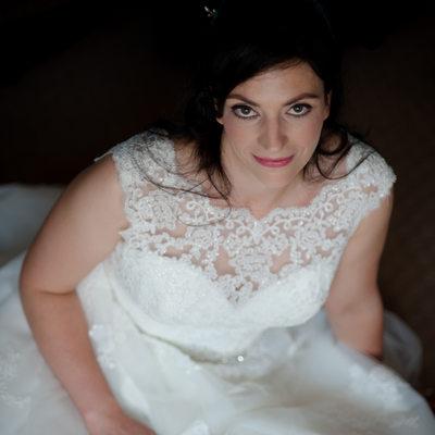 Classic bridal portrait on a wedding day
