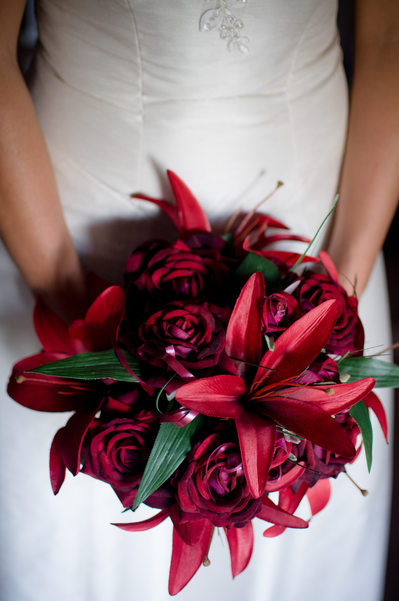 Wedding flowers - artificial or real?