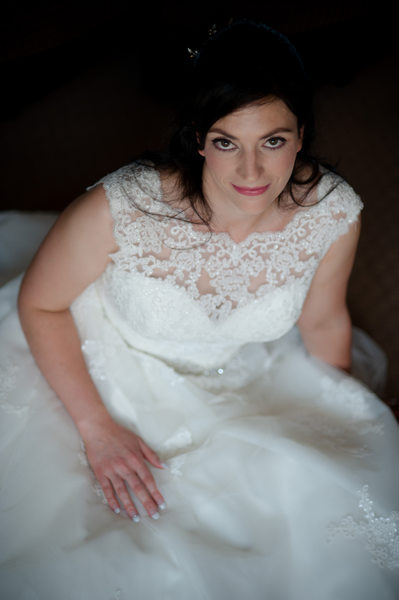 Classic bridal portrait on a wedding day