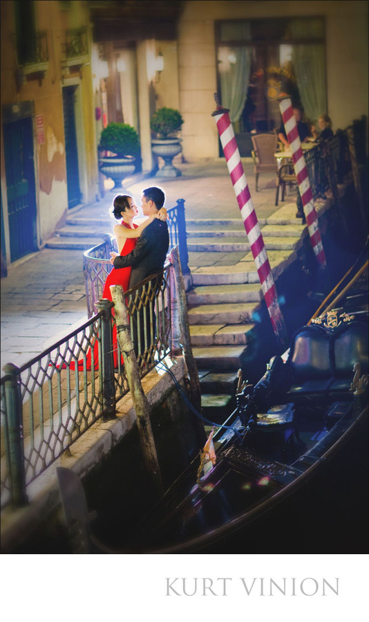 romantic pre-wedding pictures from Venice Italy