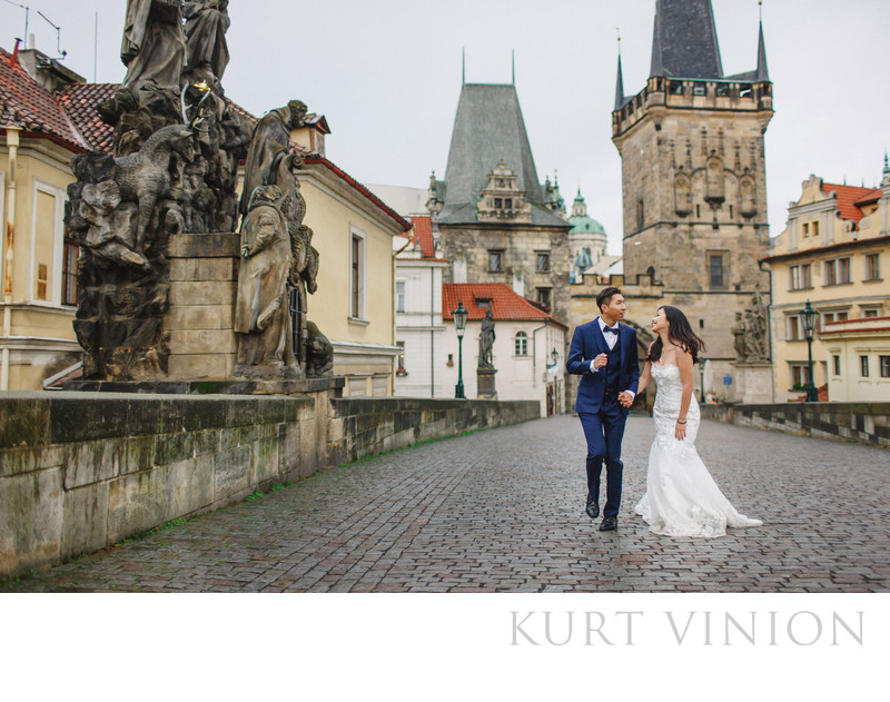 Prague destination pre weddings on the Charles Bridge