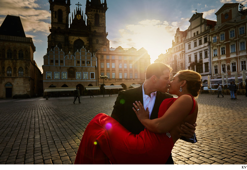 Old Town Square Engagement photos Prague