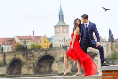 Exclusive pre-wedding photography in Prague