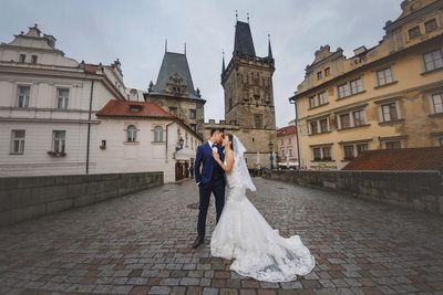 Prague Charles Bridge destination pre wedding photo