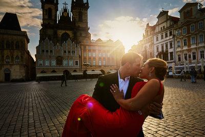 Old Town Square Engagement photos Prague