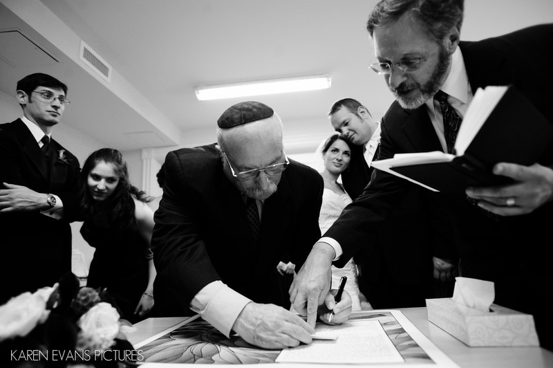 Ketubah-Signing at Jewish Wedding in Columbus Ohio