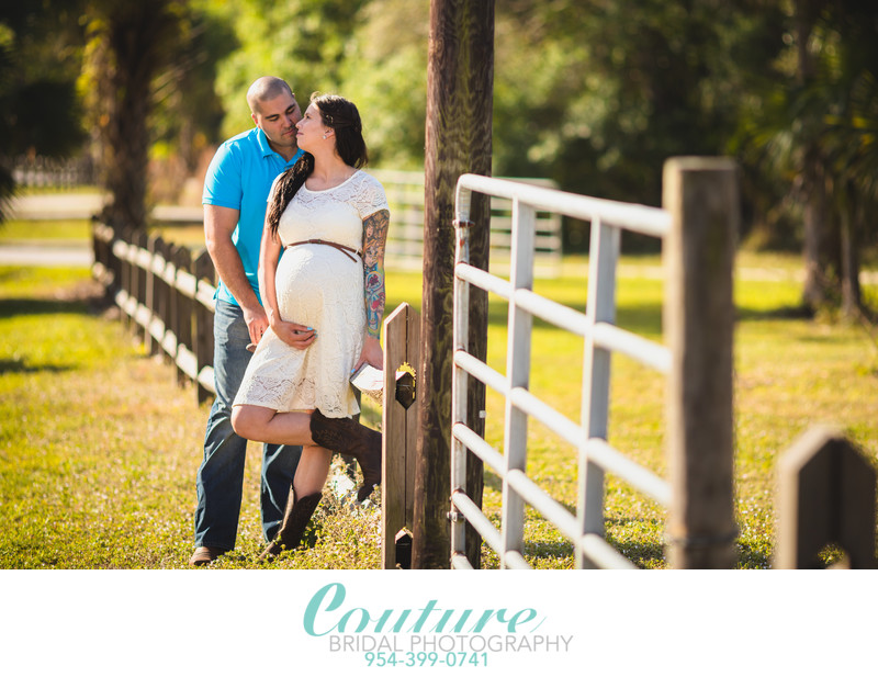 AFFORDABLE MATERNITY PHOTOGRAPHER SOUTH FLORIDA