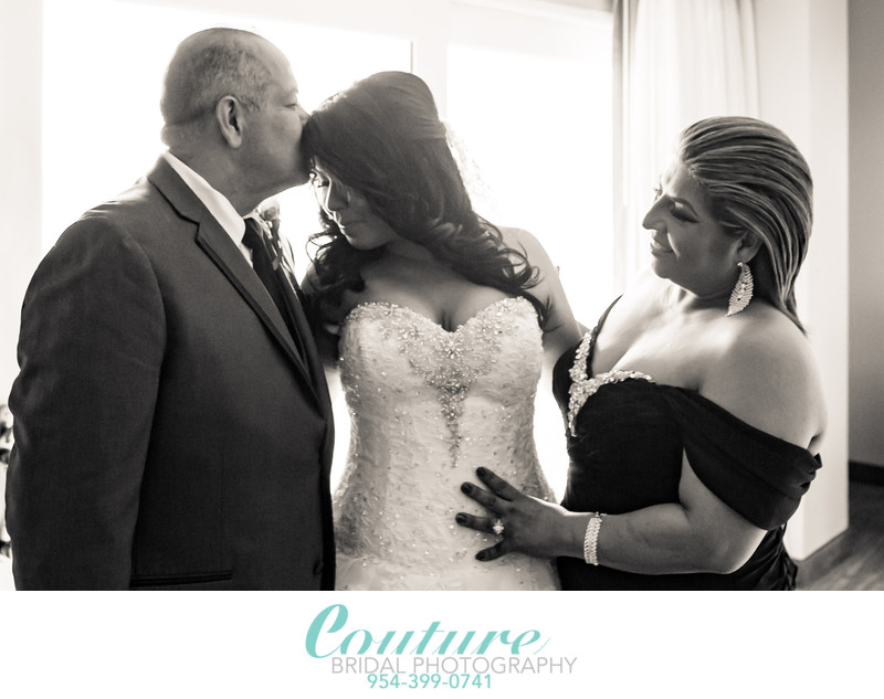 TOP WEDDING PHOTOGRAPHER IN FORT LAUDERDALE