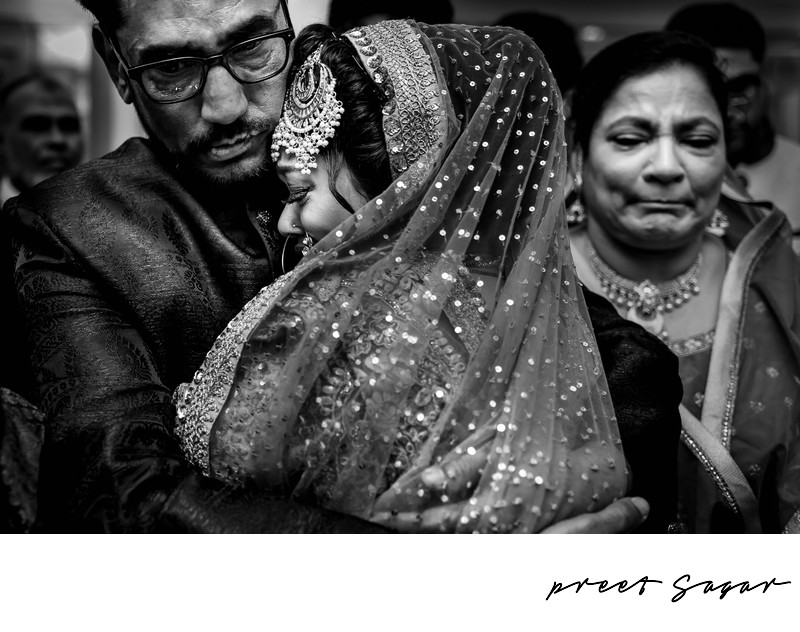 Documentary Indian Wedding Photographer JW marriot
